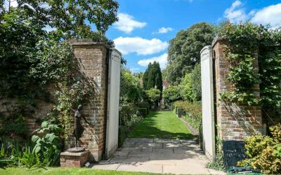 A visit to Pashley Manor Gardens in East Sussex